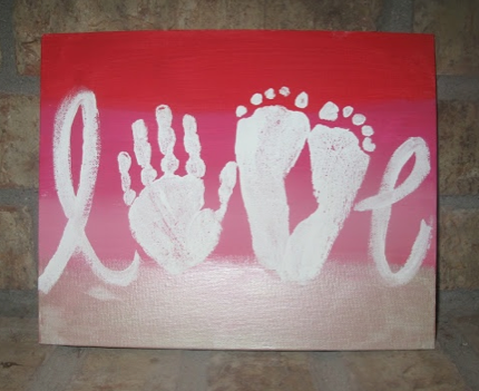 Mother's Day Craft :: love painting with Footprints :: RGV Moms Blog