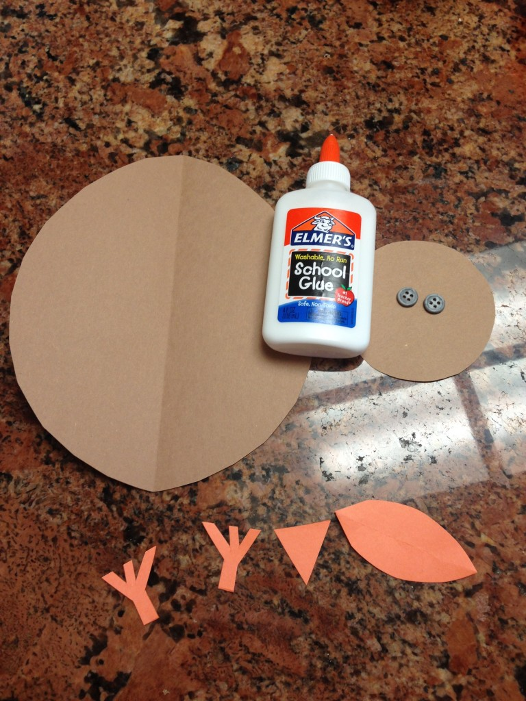 Thanksgiving Crafts for Kids and Momma's, Too!