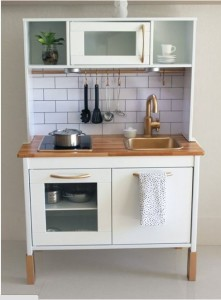 Picture from http://www.apartmenttherapy.com/10-ways-to-remodel-ikeas-duktig-play-kitchen-216478