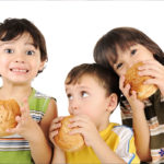 Eating Out? Pick a Place Where Kids Eat Free!