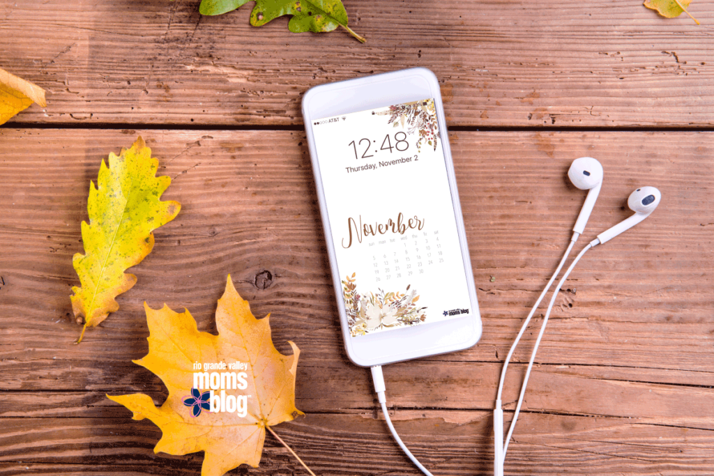 Hello November Screensaver and Printables